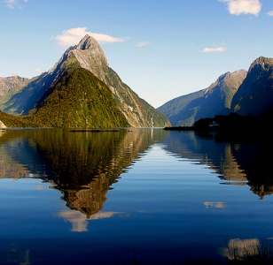 Extraordinary, Must-See Attractions in New Zealand