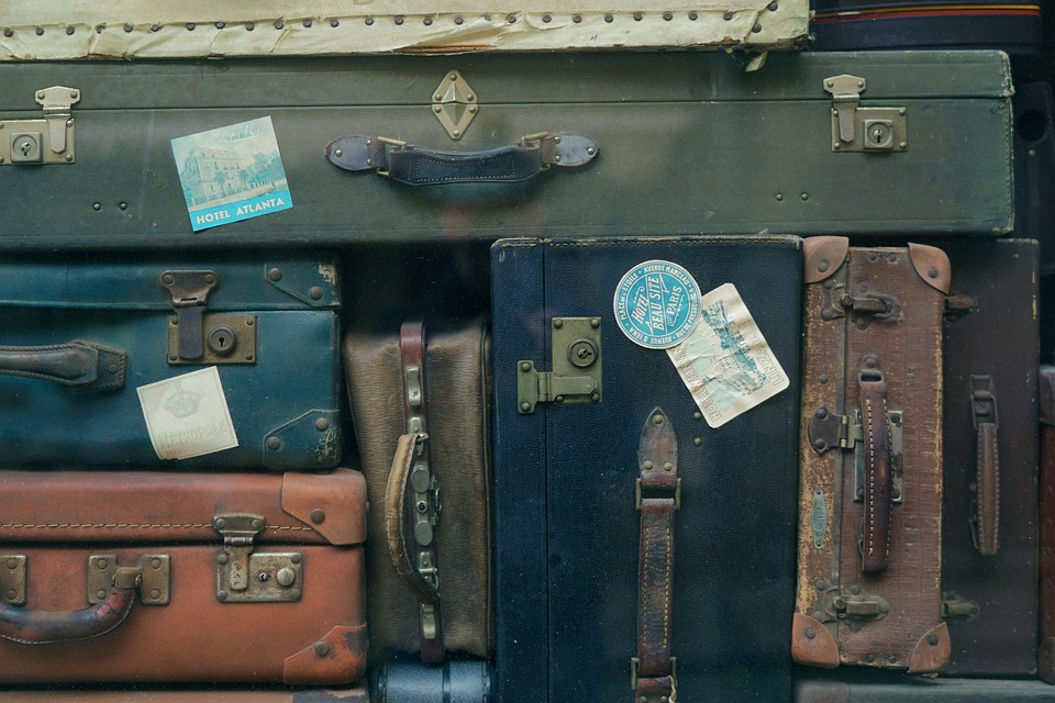 The Ultimate Checklist When Your Move Takes You Far Away To Another Country